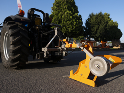 single furrow plough with wheel for narrow tractors dp 35