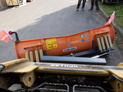 snow plow for up to 3 0 ton skid steer loaders ln 200 m