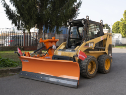 snow plow for up to 3 0 ton skid steer loaders ln 220 m