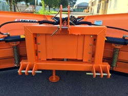 snowplow with 3 point linkage for tractor lnv 220 c