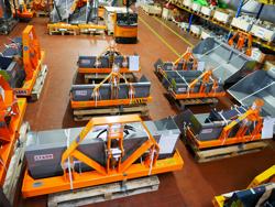 hydraulic transport box for tractor pri 120 l