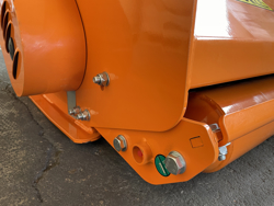 shredder with hydraulic side shift for orchard tractors mod jaguar 150